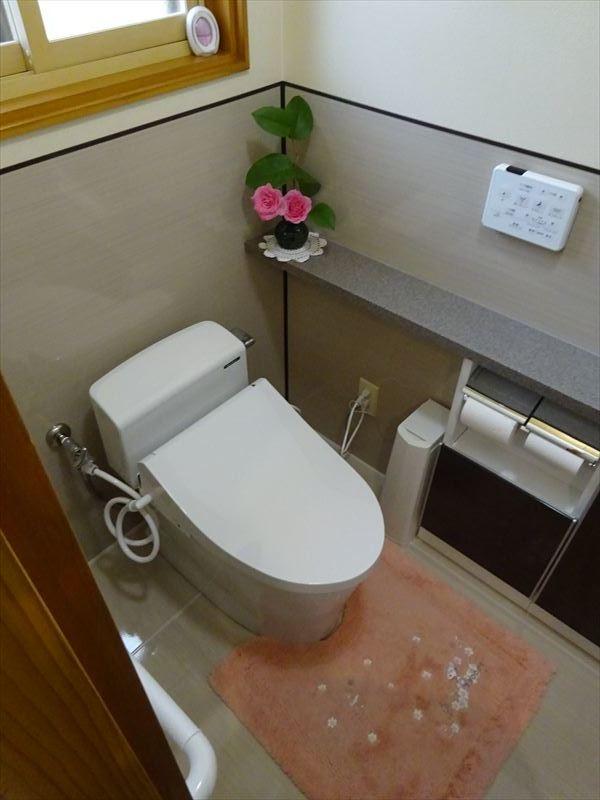 トイレのリフォーム工事_f0105112_05343932.jpg
