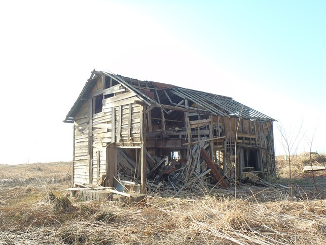 旧聚富海水浴場に残る廃屋群_d0007814_11175201.jpg