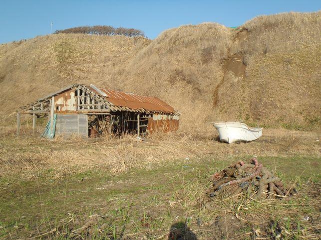 旧聚富海水浴場に残る廃屋群_d0007814_11201298.jpg