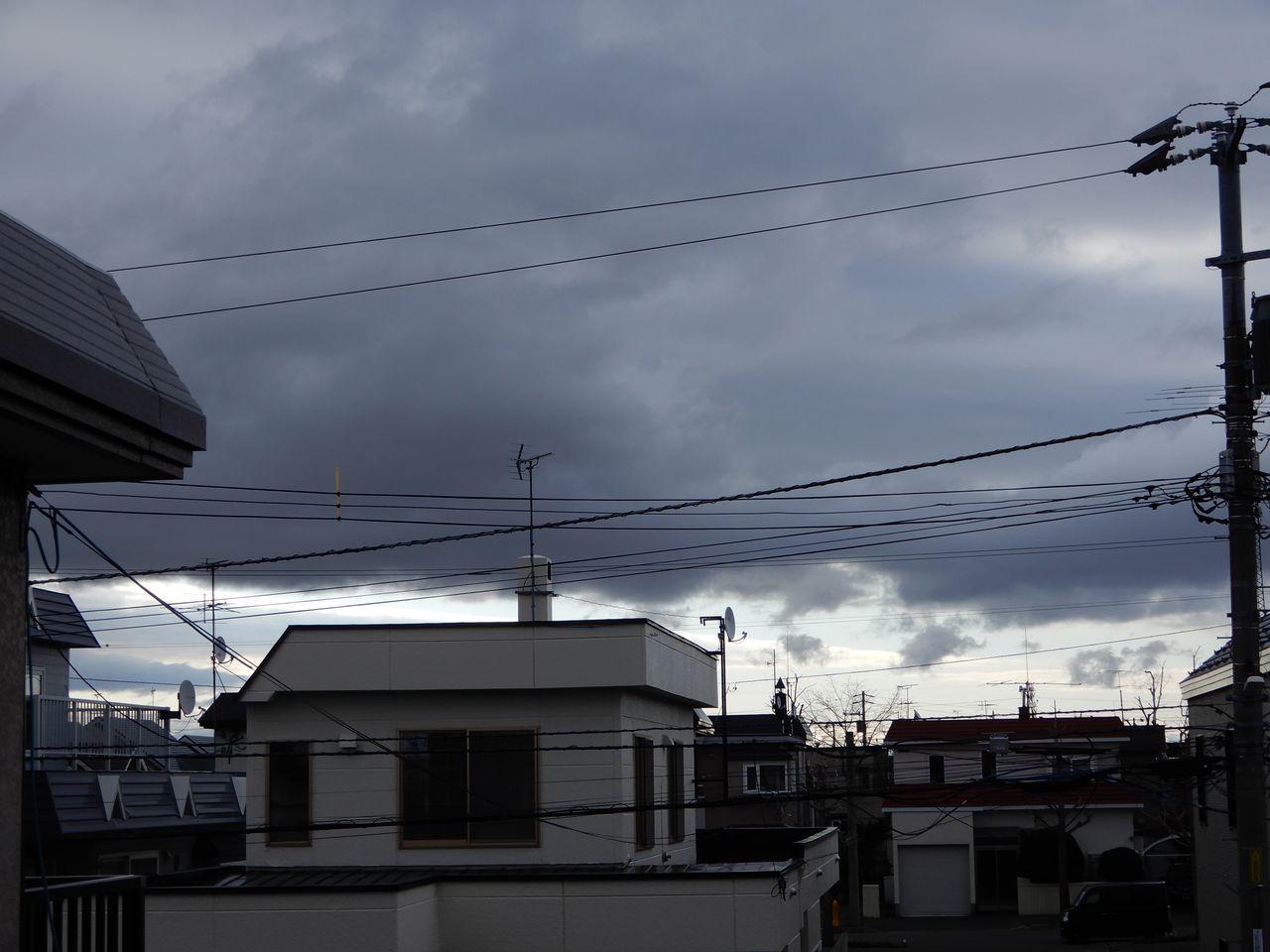晴れても冷たい風強く_c0025115_21520277.jpg