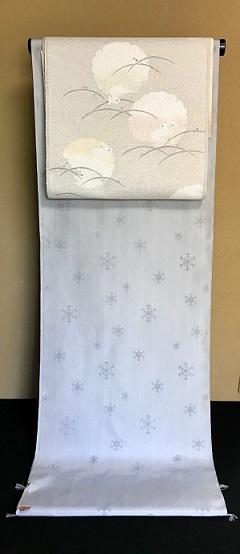 米沢もじり織・雪の結晶柄着物+雪輪に兎・紙布名古屋帯。_f0181251_19451747.jpg