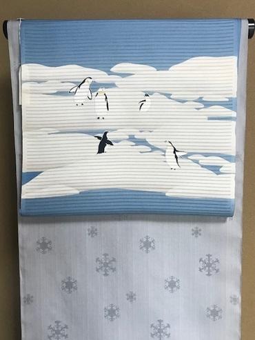 米沢もじり織・雪の結晶柄着物+ペンギンの絽の名古屋帯。_f0181251_18075516.jpg