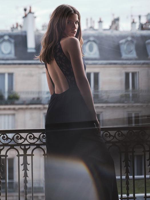 ファッションとランジェリー(3) -背中で魅せる!オープンバックに合うランジェリー_e0219353_05013011.jpg