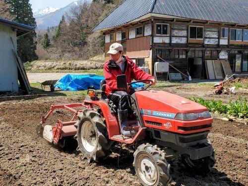 農作業の開始_b0304722_19244983.jpg