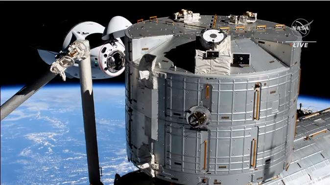 クルードラゴンも再使用型 星出さん搭乗 クルードラゴン Crew-2打ち上げ & ISS到着_f0079085_22580470.png