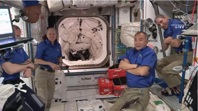 クルードラゴンも再使用型 星出さん搭乗 クルードラゴン Crew-2打ち上げ & ISS到着_f0079085_22580638.png