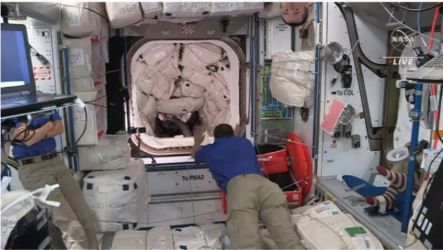 クルードラゴンも再使用型 星出さん搭乗 クルードラゴン Crew-2打ち上げ & ISS到着_f0079085_22581367.png