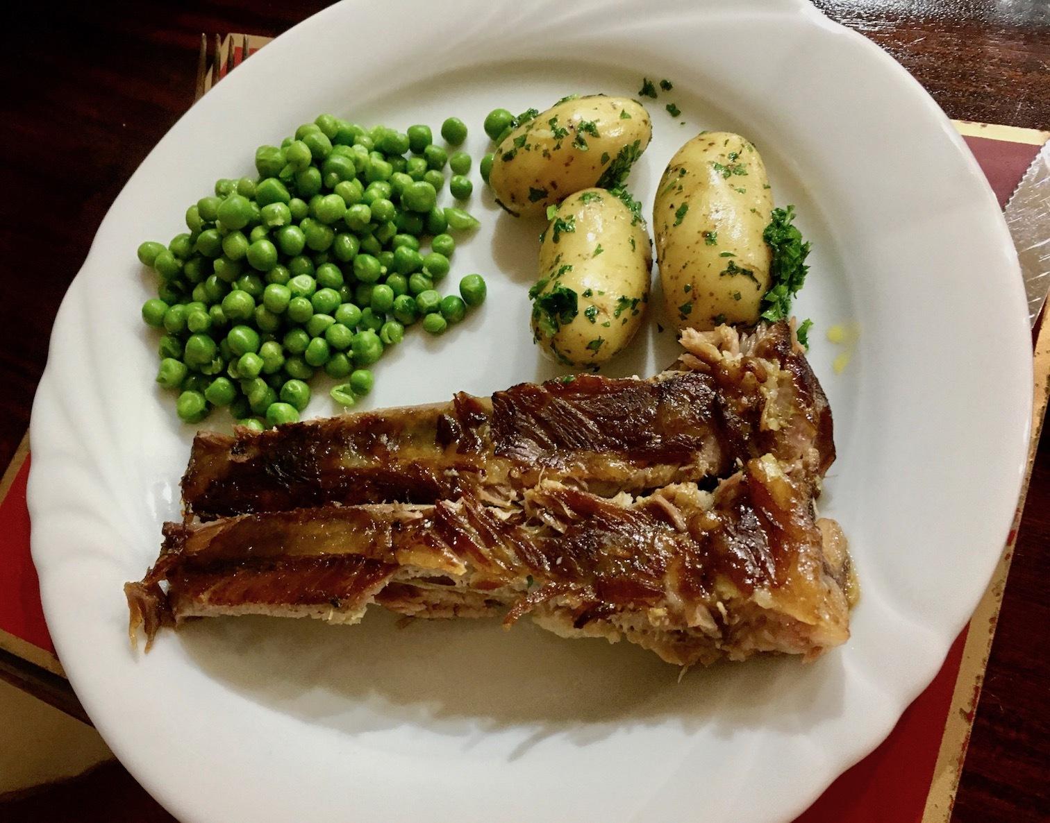 お肉の週、歩いては食べる/  We Were Meat Eaters Last Week_e0310424_18194462.jpg
