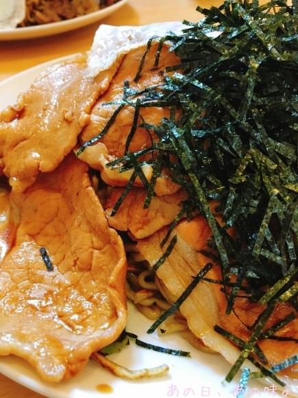 【ふたり弁】とろ銀鮭の甘塩焼きと玉子焼き。週末ヤキソバ。_a0305046_09181720.jpg
