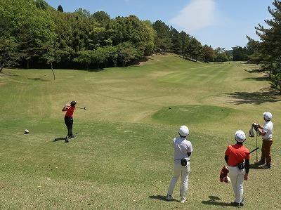 第46回 梶岡建設ジュニアゴルフ月例競技会_f0151251_14523353.jpg
