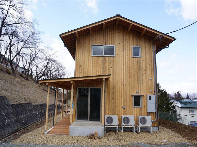 「黒石野の住宅」 完成写真①_f0105112_04252572.jpg