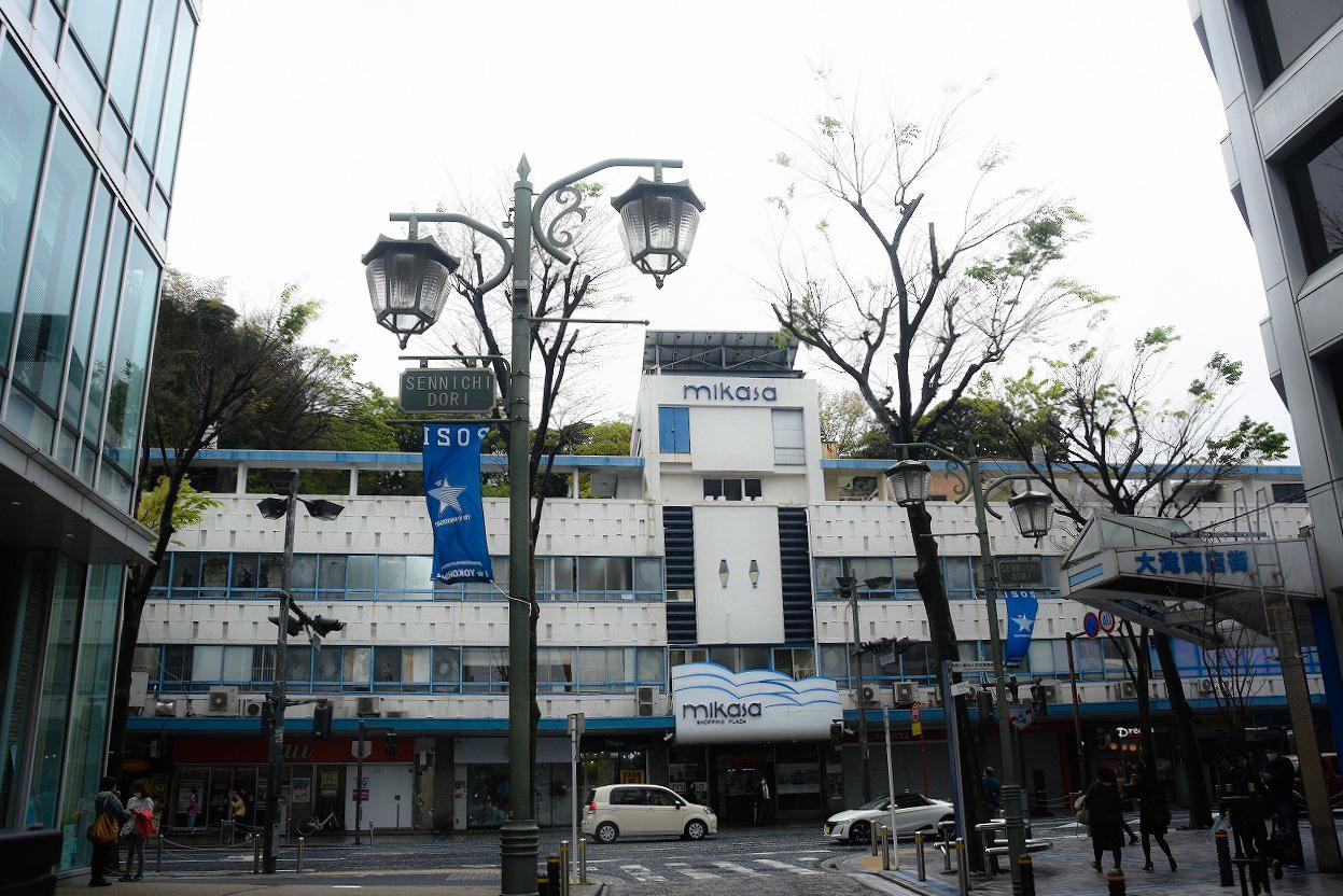 横須賀ビルディング物語 1_d0065116_21521279.jpg