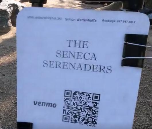 セントラルパークで見かけた、いい感じのジャズ・バンド_b0007805_05361353.jpg