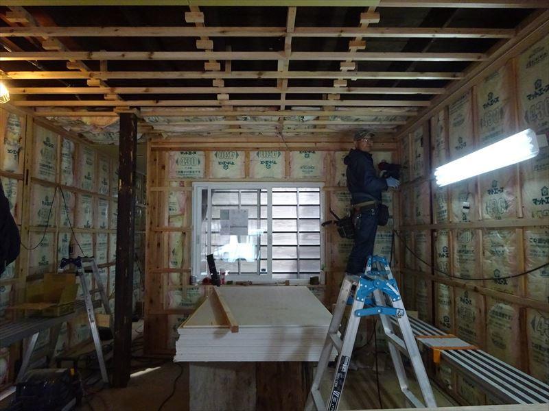 八幡町 町家改修工事 進行中!_f0105112_04022309.jpg