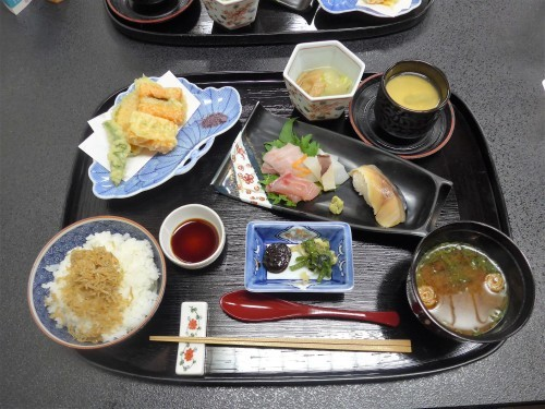 京都・二条城「京料理 立神」へ行く。_f0232060_13142297.jpg