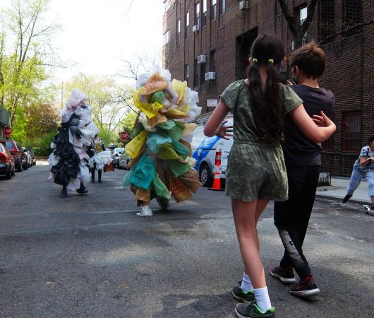 Time Lapse Danceの環境保護モダン・ダンスとニューヨークの子どもたち_b0007805_08201095.jpg