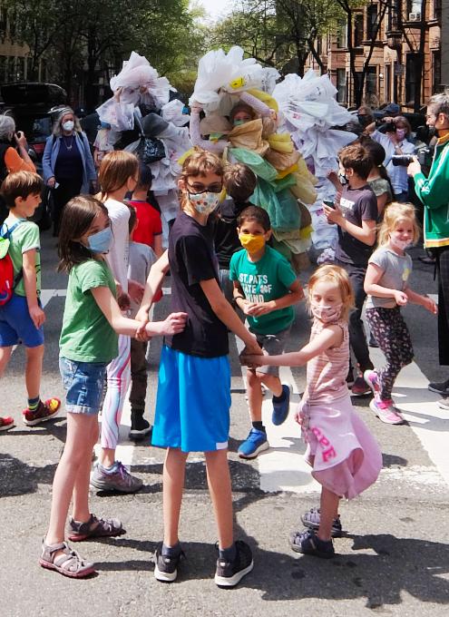 Time Lapse Danceの環境保護モダン・ダンスとニューヨークの子どもたち_b0007805_08211797.jpg
