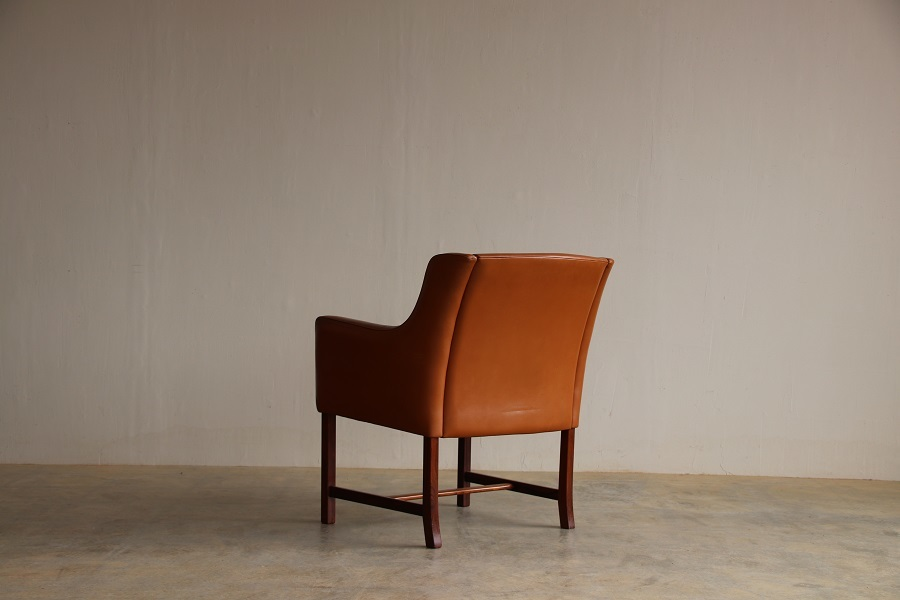 『Fredrik Kayser Arm Chair』_c0211307_04124260.jpg