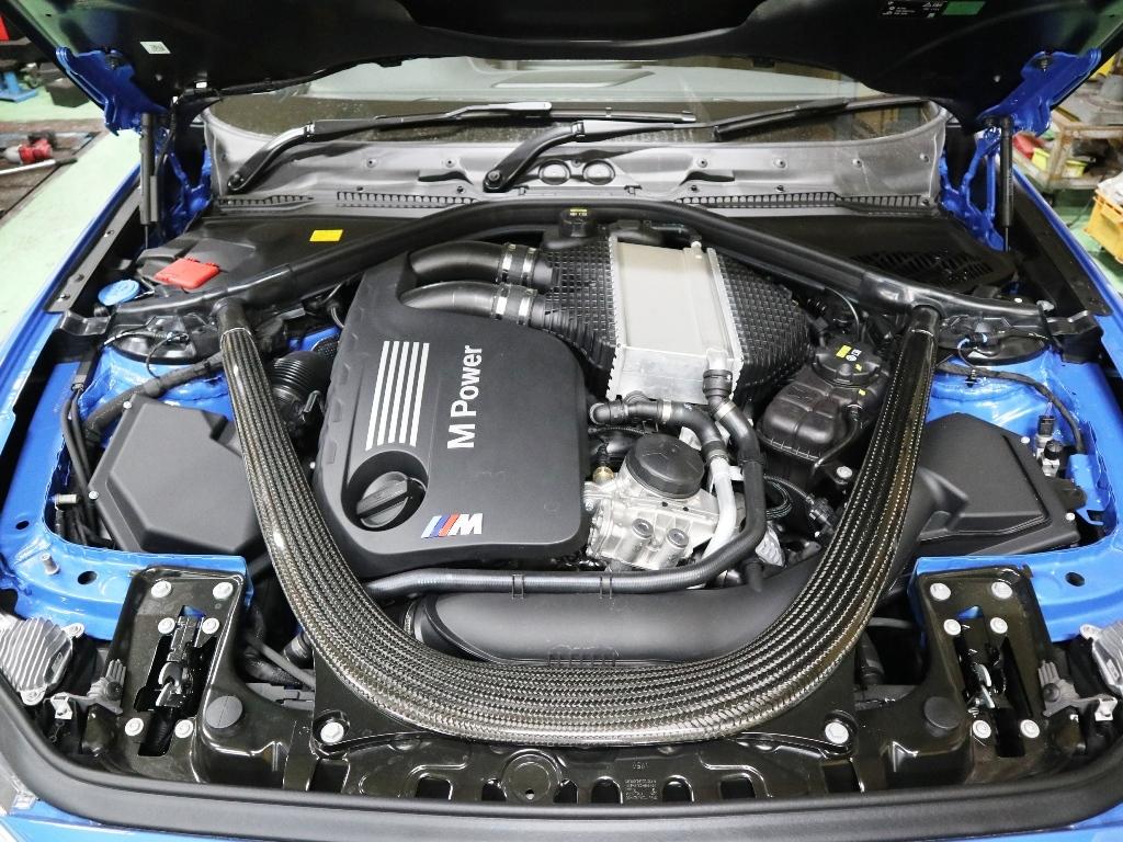 BMW M2CSに色々装着_e0188729_15044781.jpg