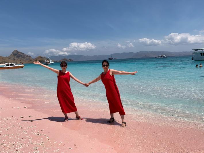 インドネシア のマストにオススメ☆ピンクビーチ_a0063997_19425284.jpg