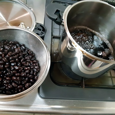 黒豆とおでん_f0129726_20463285.jpg