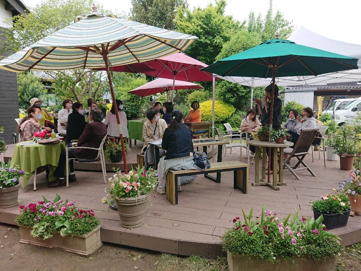 牡丹園ウォーキング&ここちテリアでお弁当ランチ_f0323446_21340302.jpg