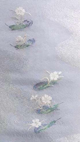 黒地に白の十字絣・本塩沢単衣+笹舟に撫子夏名古屋帯。_f0181251_20335524.jpg