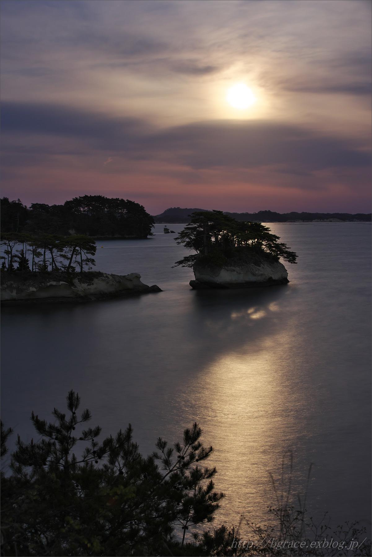松島の月.2  END_b0191074_19595329.jpg