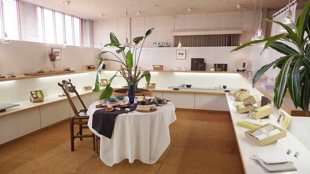 紅茶とうつわの店 MAORI 展示替え_f0328051_17365873.jpg