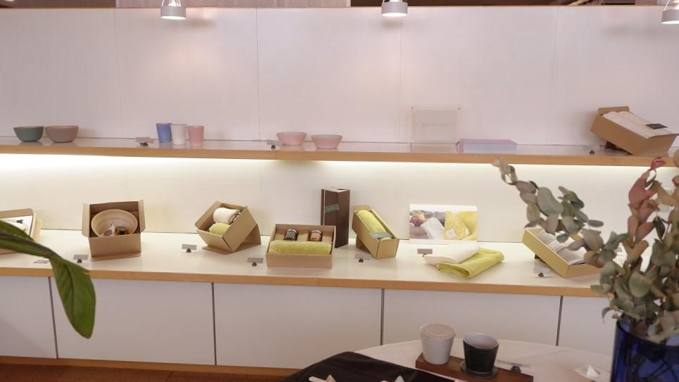紅茶とうつわの店 MAORI 展示替え_f0328051_17380019.jpg