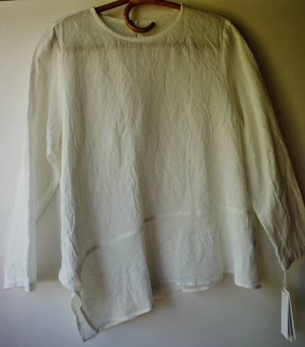 ≪風を着る≫お洋服が入荷しました☆ _e0167795_15405335.jpg