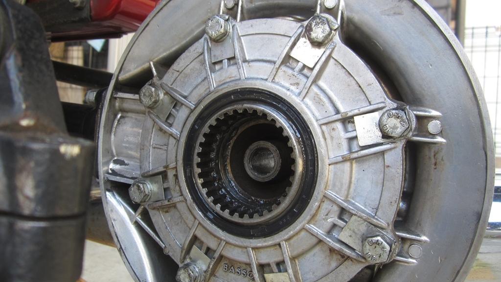 オイル漏れ修理・分解編1日目_c0377022_17295563.jpg