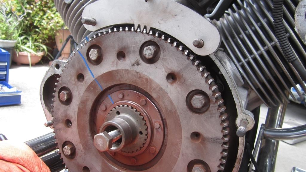 オイル漏れ修理・分解編1日目_c0377022_17295717.jpg