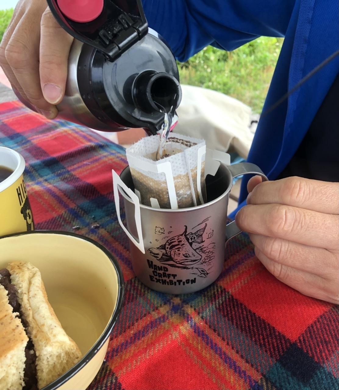 朝食ピクニック。_a0016090_20060578.jpeg