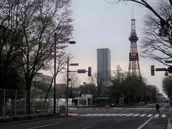 札幌の風景 2021年5月5日 朝5時ごろ_f0362073_06321658.jpg