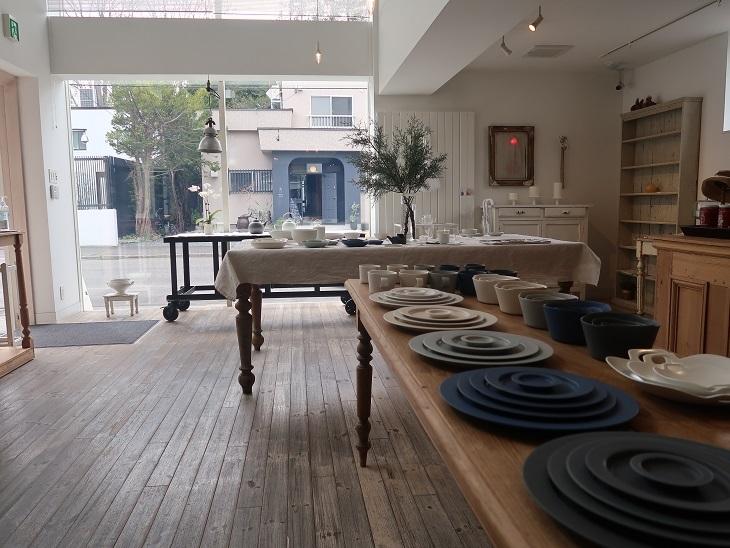 札幌市円山 『MOMA  Place』で_f0362073_07144401.jpg