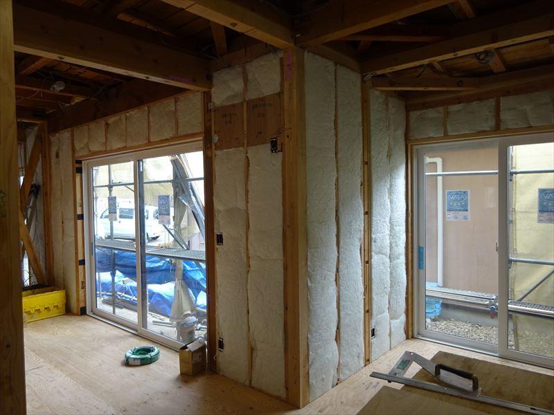 神子田町 1階フルリフォーム工事 進行中。_f0105112_04210452.jpg
