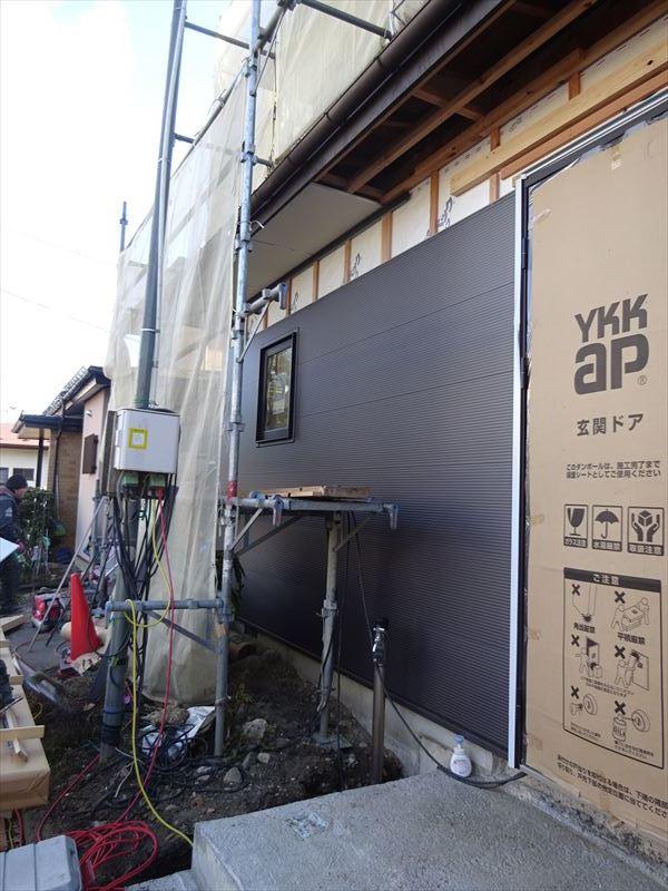 神子田町 1階フルリフォーム工事 進行中。_f0105112_04280713.jpg