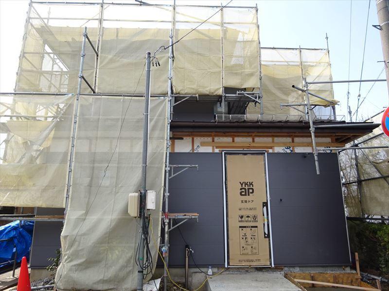 神子田町 1階フルリフォーム工事 進行中。_f0105112_04334104.jpg