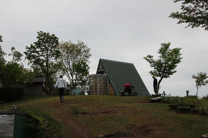 八石山は花盛山_a0309917_13294759.jpg
