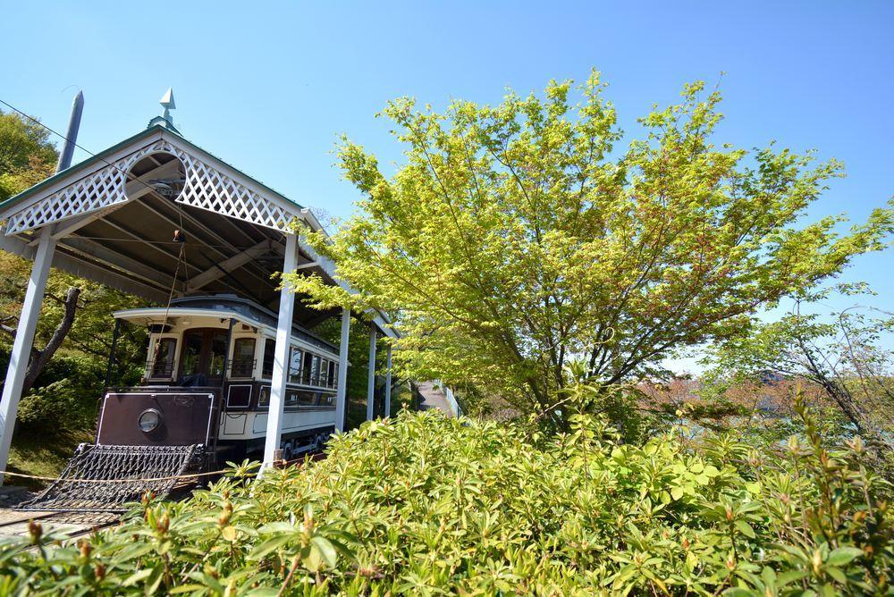 新緑の中の京都市電 名古屋電停付近1_e0373930_21171517.jpg
