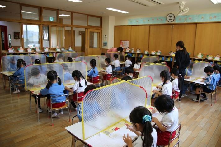幼稚園生活頑張ってます_b0277979_16362611.jpg