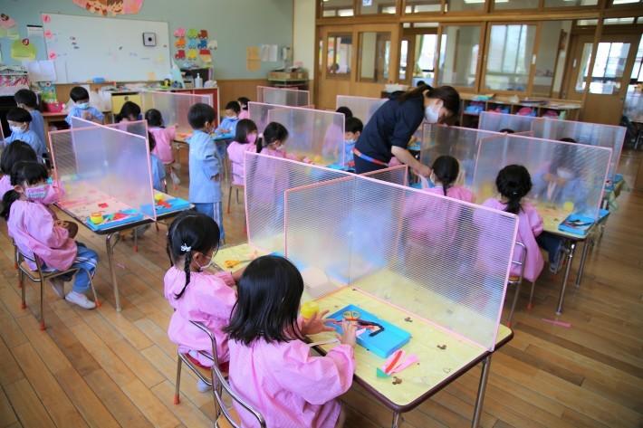 幼稚園生活頑張ってます_b0277979_16364210.jpg