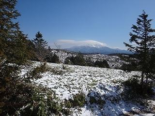 白草山から御嶽を眺める_e0064783_05475274.jpg