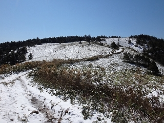 白草山から御嶽を眺める_e0064783_05475297.jpg