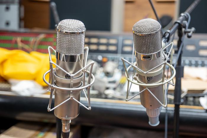 WARM WA-47 tube microphone vs Telefunken U47 original_d0192712_12052208.jpg
