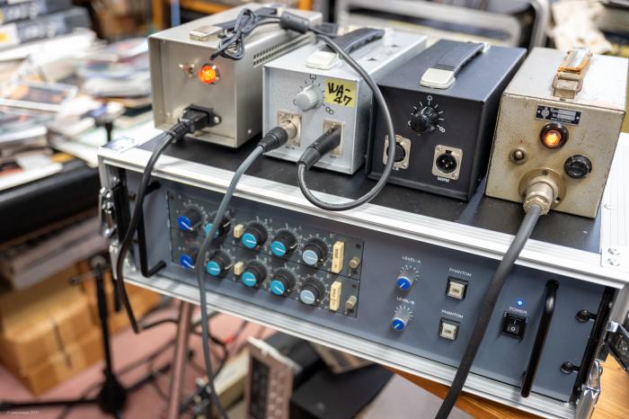 WARM WA-47 tube microphone vs Telefunken U47 original_d0192712_12052362.jpg