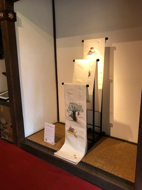 三井寺で開催中の谷口智則展・100にんのサンタクロース_f0181251_18271897.jpg