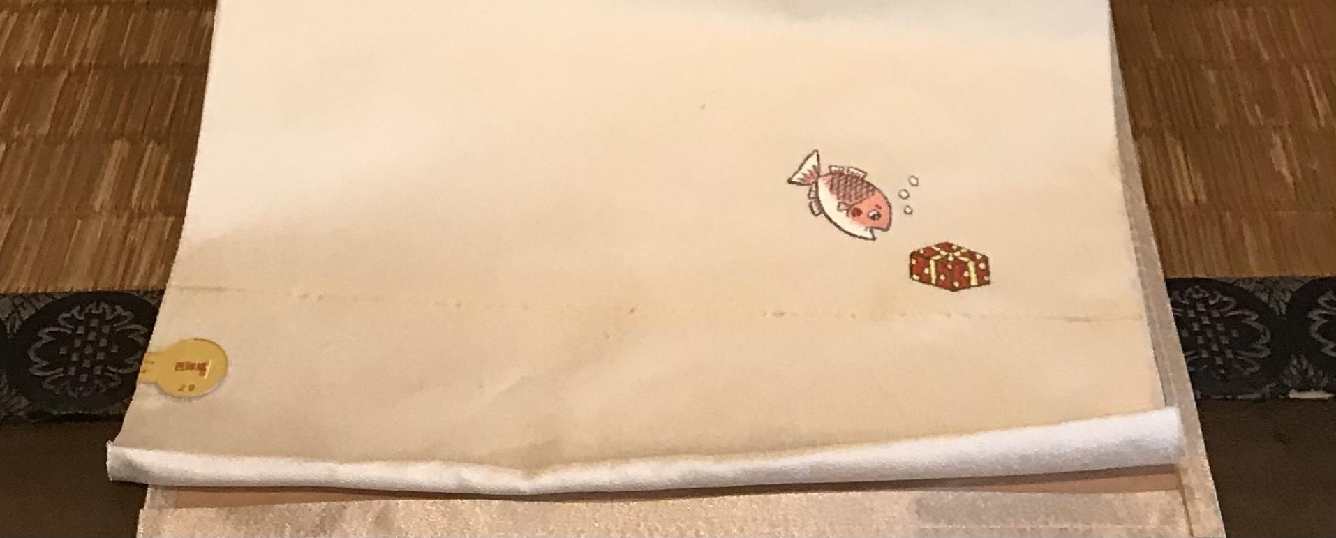 三井寺で開催中の谷口智則展・100にんのサンタクロース_f0181251_18460120.jpg