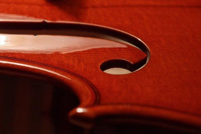 最新作ヴァイオリン、クレモネーゼモデルのご紹介_d0047461_05495563.jpg
